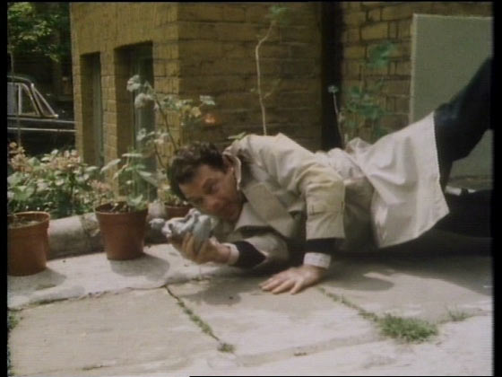Del catches the statue in Cash and Curry. Only Fools and Horses series 1, episode 3.